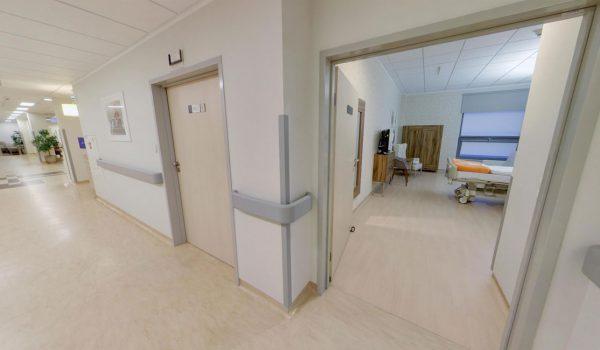 1 piętro - Położnictwo Hall widok na sale pobytową